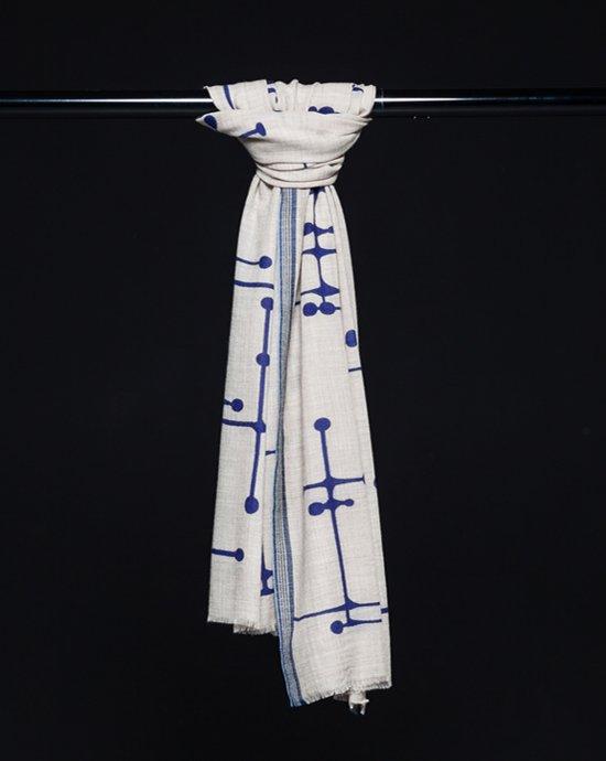 Jacob and Jacoba Crossroads 100% wollen shawl.
