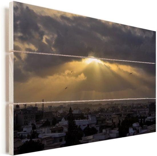 Zonnestralen over Karachi Vurenhout met planken 90x60 cm - Foto print op Hout (Wanddecoratie)