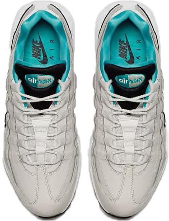 749766 027 Nike Air Max 95 Essential Heren  