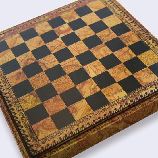 Luxe schaakset - Mignon flower stukken klassiek goud zilver met opbergbox wereldkaart - 28 x 28 cm