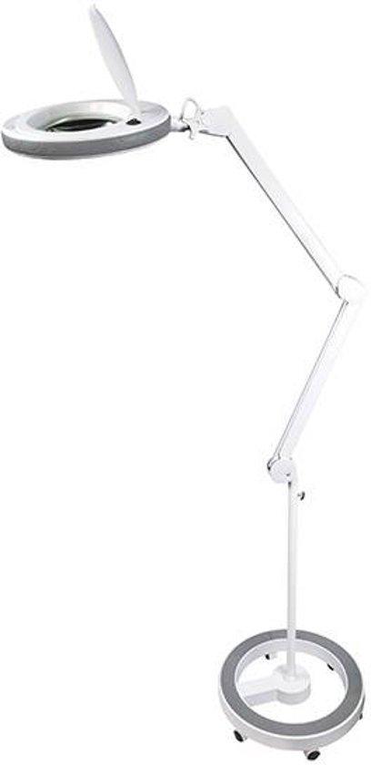 Loeplamp Op Statief.Fysic Fl 130led Staande Led Loeplamp