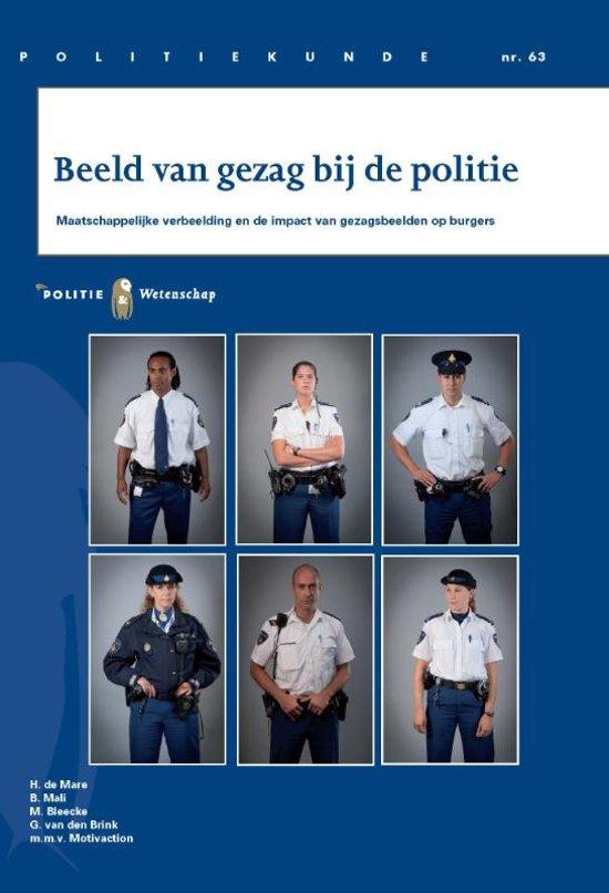 Boek cover Politiekunde 63 - Beeld van gezag bij de politie van H. de Mare (Paperback)