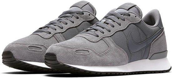 5a30d3cabe4 bol.com | Nike Air Vortex Sneakers - Maat 43 - Mannen - grijs/wit