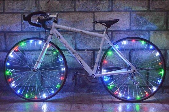 bol.com | Fietswiel Verlichting Bike Lightning Spinning (Inclusief ...
