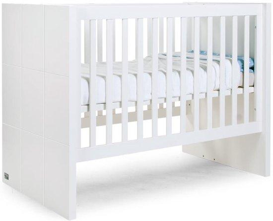 Babybed Aan Bed.Chidhome B120qn Babybed Wit 60x120 Zijlatten Bodem 90x200