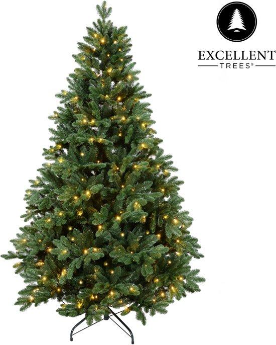 kerstboom excellent trees led mantorp 210 cm met verlichting luxe uitvoering 380 lampjes