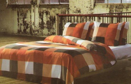 Refined dekbedovertrek - Rians - Orange - 1 persoons (140x200/220 cm + 1 sloop)