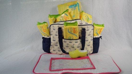 Babygeschenkset met Zwitsal luiers en Babydoekjes