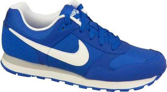 905551db4fa bol.com | Nike MD Runner BG blauw sneakers kids