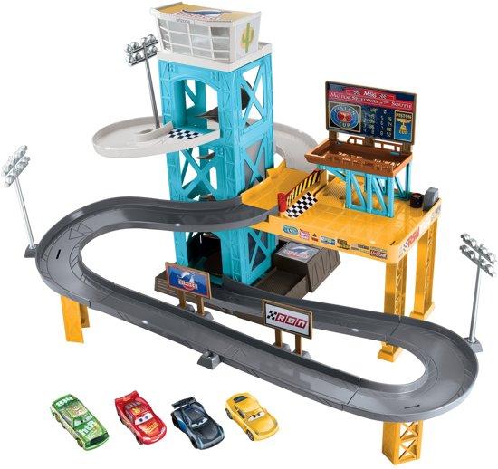 bol cars 3 garage inclusief 4 auto s