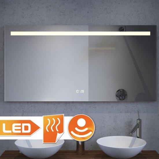 Badkamerspiegel met verwarming led verlichting watt Badkamerspiegel met led verlichting en verwarming