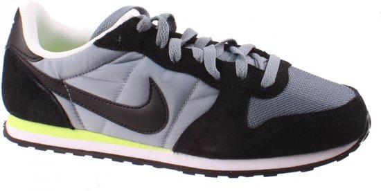 Nike Hommes Chaussures Gris Taille De Genicco 44 1/2 6WNZQubmb