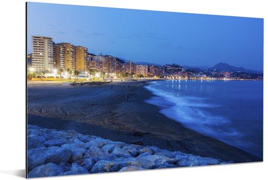 Brekende golven in Málaga Aluminium 90x60 cm - Foto print op Aluminium (metaal wanddecoratie)
