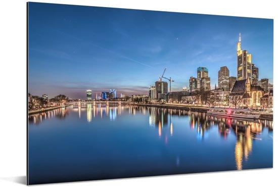 Verlichting in de Duitse stad Frankfurt am Main Aluminium 180x120 cm - Foto print op Aluminium (metaal wanddecoratie) XXL / Groot formaat!