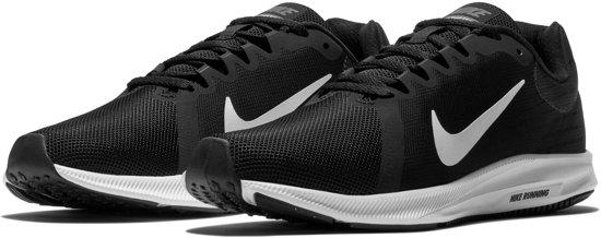 Nike Downshifter 8 Hardloopschoenen - Maat 37.5 - Vrouwen - zwart/wit
