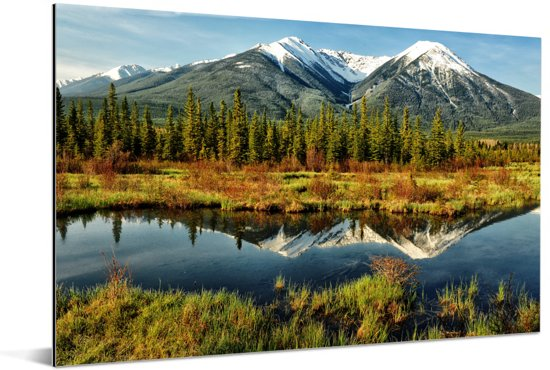 Berglandschap in het Nationaal park Banff in Alberta Aluminium 180x120 cm - Foto print op Aluminium (metaal wanddecoratie) XXL / Groot formaat!