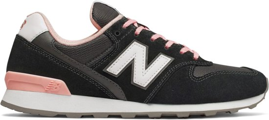 new balance sneakers zwart roze