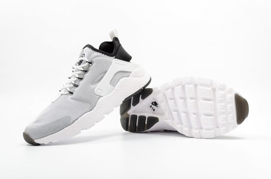 Nike Air Huarache Run Ultra - Sneakers - Dames - Maat 38.5 - Grijs