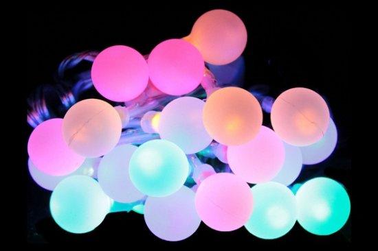 bol.com | Lichtsnoer met licht gekleurde bolletjes