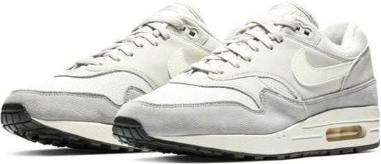 8148d9fb80 bol.com | Nike Air Max 1 - Sneakers - Wit/Grijs - Heren - Maat 43