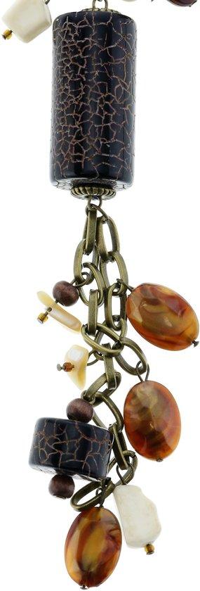 Lange antiek-goudkleurige ketting met bruine hangers en schelpen
