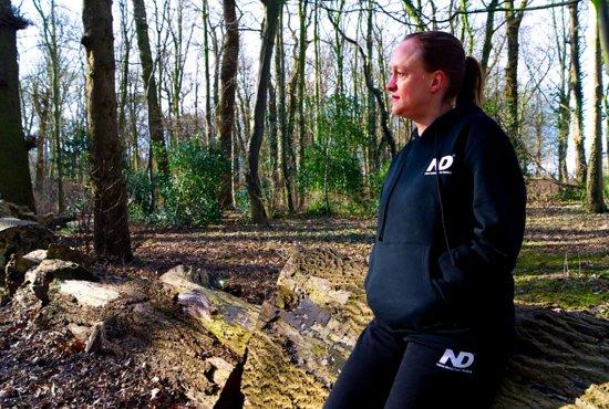New Direction Tackle Joggingpak ( maat M )