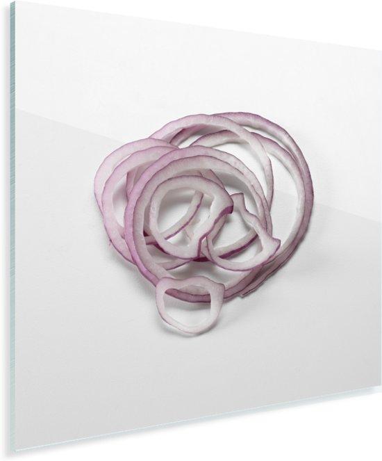 Close up van de paarse kleur van de ui gesneden in ringen Plexiglas 50x50 cm - Foto print op Glas (Plexiglas wanddecoratie)