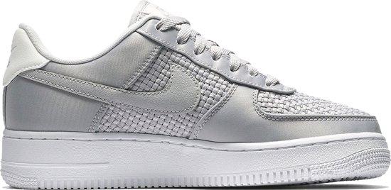 bol.com | Nike - WMNS Air Force 1 07 - Dames - maat 39