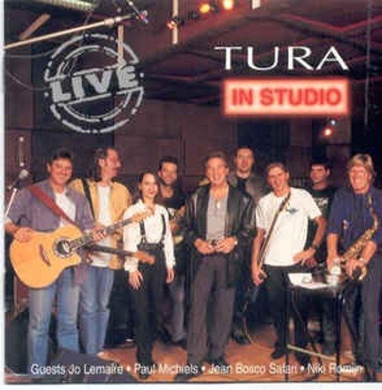 Tura In Studio