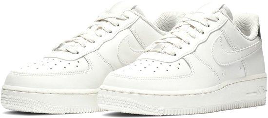 Nike Air Force 1 '07 Essential Sneaker Sneakers - Maat 38.5 - Vrouwen - wit