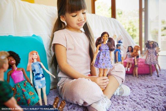 Barbie Fashionistas Doll 66 Beautiful Butterflies - CURVY
