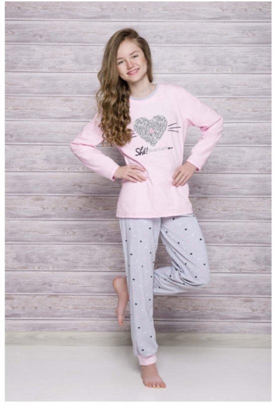 Kinderpyjama Taro Ada 433 met roze hart opdruk en grijze met hartjes broek - 104