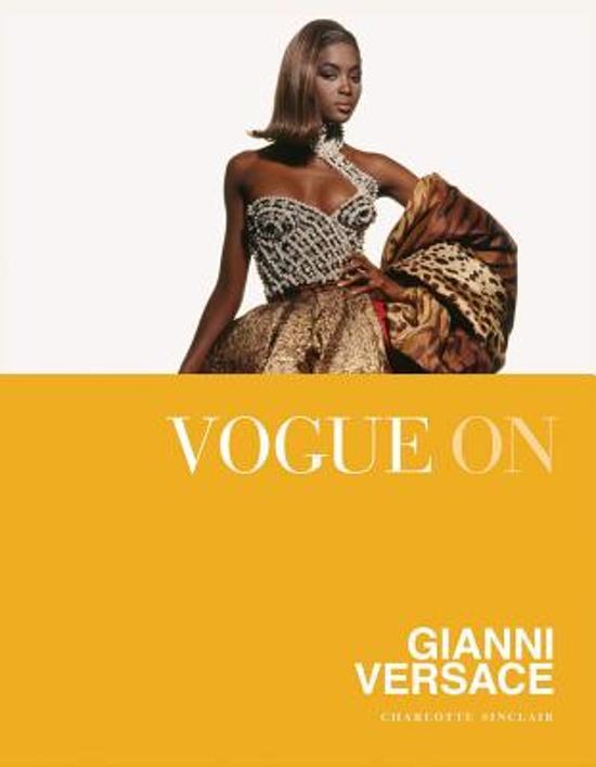 Boek cover Vogue on Gianni Versace van Charlotte Sinclair (Onbekend)