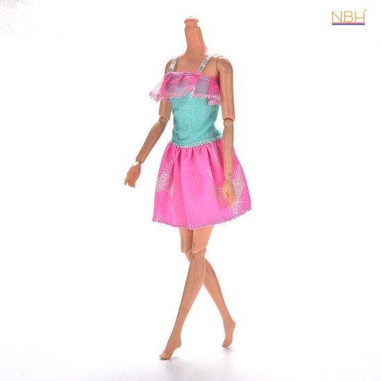 Leuk zomers kleding setje Roze / Mint voor de Barbie pop