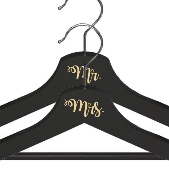 Mr. & Mrs. Kledinghanger Setje - Crème Lettertype - Zwarte Kledinghangers - Bruiloft Accessoire