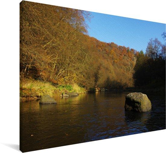 Rotsblok in de Thaya rivier in het Nationaal park Podyjí in Tsjechië Canvas 30x20 cm - klein - Foto print op Canvas schilderij (Wanddecoratie woonkamer / slaapkamer)