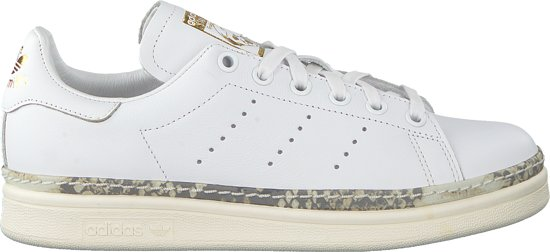 witte stan smith