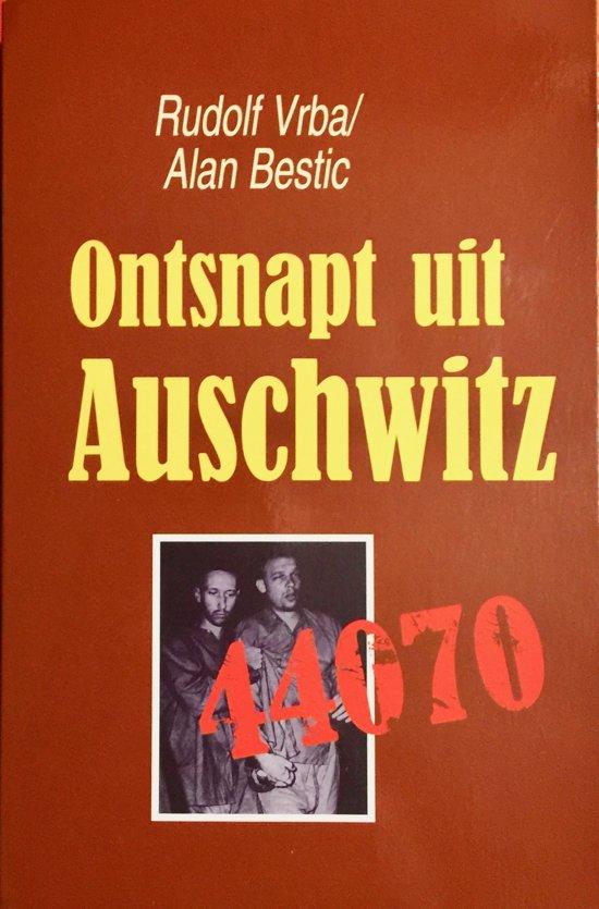 Boek cover ONTSNAPT UIT AUSCHWITZ van Rudolph Vrba (Paperback)