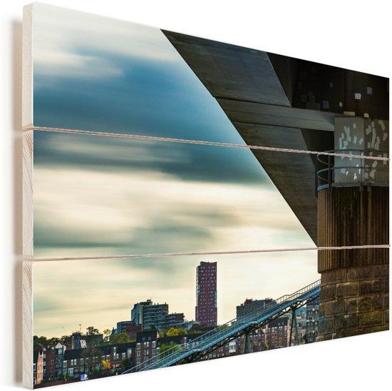Uitzicht op de gebouwen in Nijmegen Vurenhout met planken 120x80 cm - Foto print op Hout (Wanddecoratie)