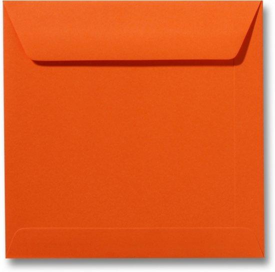 Envelop 22 x 22 Donkeroranje, 25 stuks
