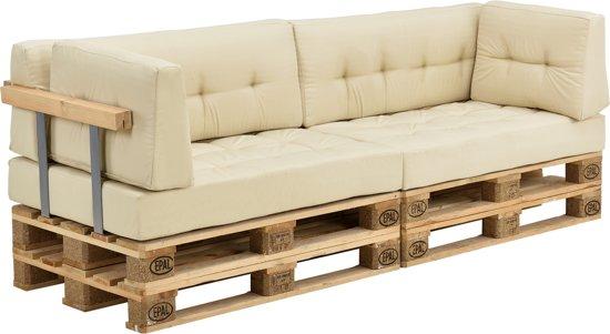 Pallet Bank Kussens : Maak zelf een loungebank van pallets voor in de tuin van jullie