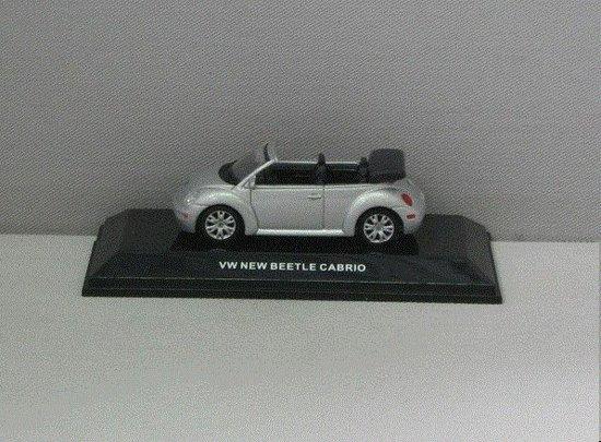 Volkswagen New Beetle Cabriolet 2002 - 1:64 - AUTOart