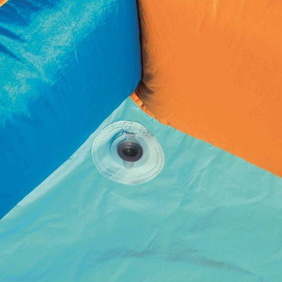 H2OGO! The Hurricane Tunnel Blast Water Park - opblaasbaar waterpretpark - met waterglijbaan - met klimwand - 420cm breed x 320cm lang x 260cm hoog