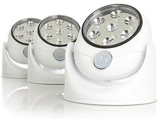 afbeelding van led lamp met bewegingssensor set van 3 led lampen met bewegingsmelder aa