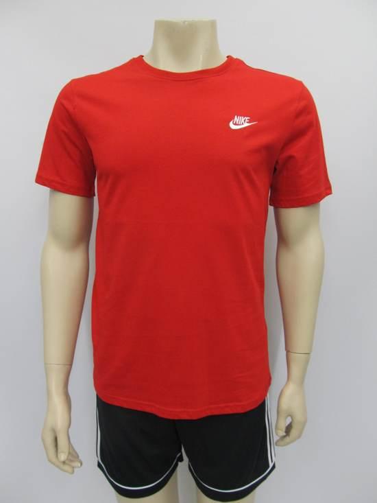 Nike sportswear t shirt rood 827021611, maat M