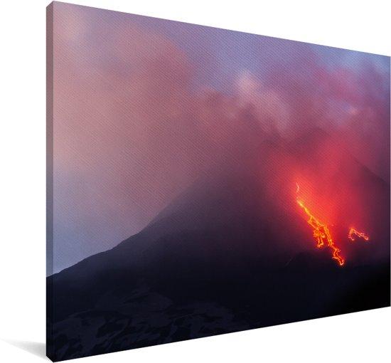 Explosies in en lavastroom van de Siciliaanse Etna in Italië Canvas 120x80 cm - Foto print op Canvas schilderij (Wanddecoratie woonkamer / slaapkamer)
