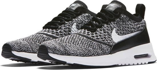 dames nike air max thea sneakers zwart/wit