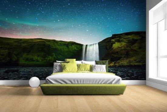 IJslandse waterval bij nacht Fotobehang 380x265 (Airtex, Naadloos)