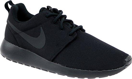 new style 61c53 00dee Nike Roshe One Sneakers Dames Sportschoenen - Maat 40.5 - Vrouwen - zwart