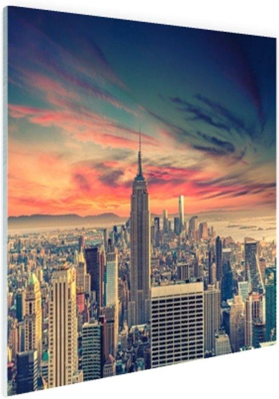Manhattan met bijzondere lucht Glas 90x60 cm - Foto print op Glas (Plexiglas wanddecoratie)